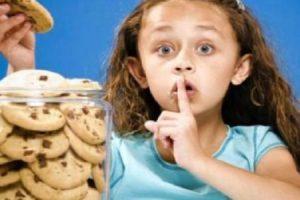 10 أسباب هامة تكون وراء كذب الطفل فى سن مبكرة