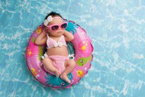 6 نصائح هامة فى صحة الطفل وحمايته من آشعة الشمس المحرقة خلال فترة المصيف