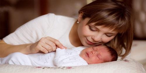 تنويم الطفل : نصائح تجعل نوم طفلك منذ الولادة الي سن سنتين سهل ومريح