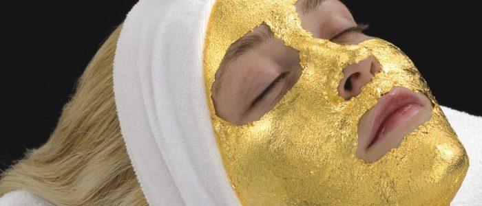 قناع الذهب وأنواعه وفوائده الكثيرة للبشرة.. تعرفي عليها