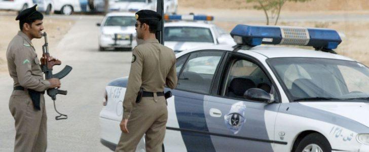 """الشرطة السعودية تلقي القبض على فتاة ترقص """"كيكي"""""""