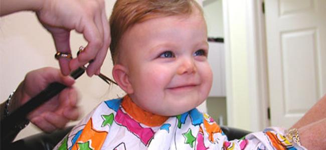 وصفات طبيعية لعلاج مشكلة الشعر الخفيف عند الأطفال