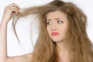 اقوى واجمل الوصفات الجديدة لتنعيم الشعر الجاف