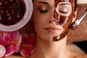 ماسك القهوة لتفتيح البشرة الغامقة وتوحيد لونها