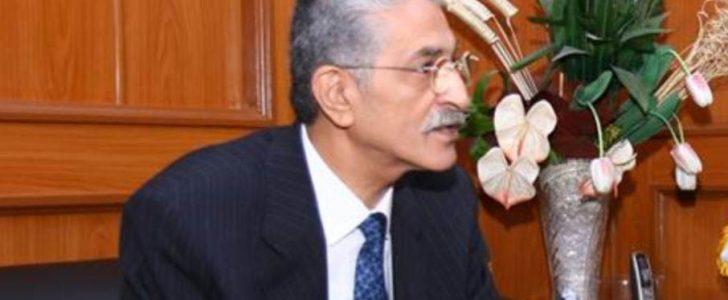 القبض على حازم القويضى المحافظ الأسبق لحلون واتهامه في قضية رشوة