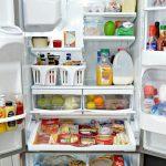 طرق متعددة للتخلص من رائحة الثلاجة الكريهه