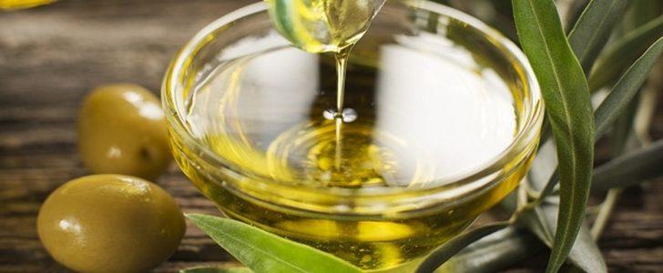 معرفة فوائد زيت الزيتون الفعالة لجسم وقلب الإنسان
