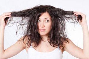 مكونات طبيعية تحمي شعرك من التشابك.. تعرفي عليها