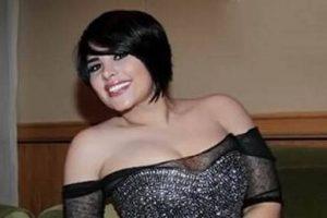 صوره صادمة للفنانة شمس بفستان اسود تثير غضب واستياء محبيها على مواقع التواصل الاجتماعى