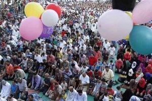 معهد البحوث الفلكية يعلن عن موعد صلاة عيد الفطر المبارك وأول أيام العيد