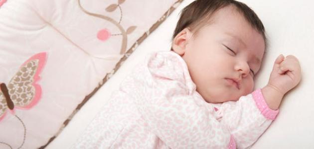 أسباب بكاء الطفل حديث الولادة وما يجب فعله من جانب الآباء والأمهات