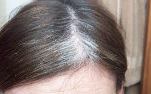 وصفات وخلطات طبيعية للتخلص من شيب الشعر
