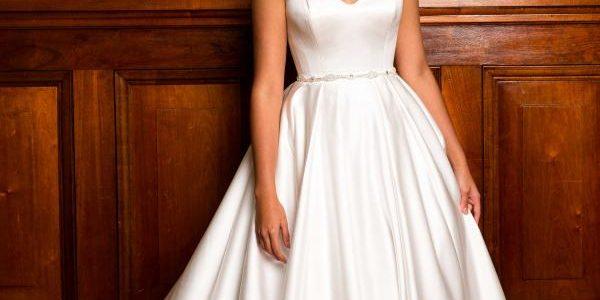 فساتين زفاف فخمة وجميلة لمصممين عالميين