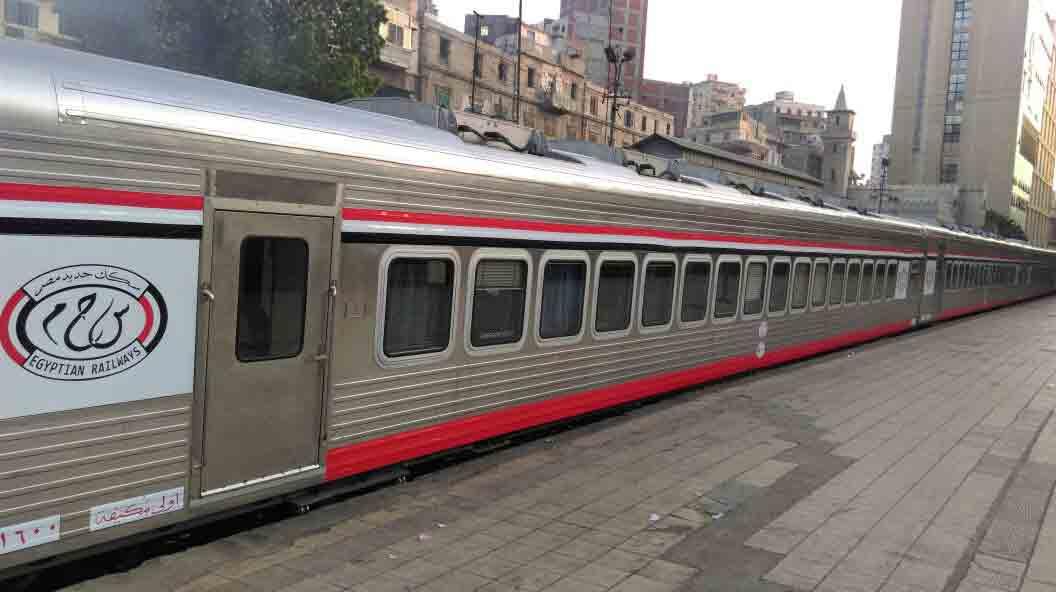 سكه حديد مصر الان يمكنك الاستعلام وحجز تذاكر قطارات الصعيد من خلال