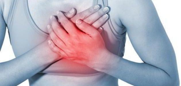 أسباب ألم بالصدر واختناق أثناء النوم