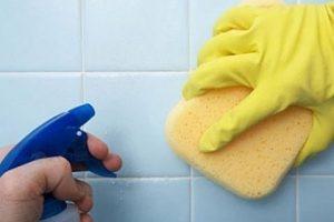 كيفية تنظيف الحمام اليومية بالخلطات والطرق الطبيعية بدون مجهود