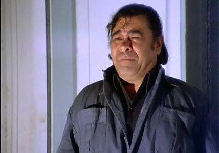 """لن تصدق من هو شقيق الفنان الراحل """" سيف الله مختار """" ممثل شهير جدا من نجوم السينما المصرية"""