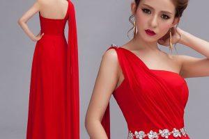 أجمل موديلات الفساتين الحمراء القصيرة والطويلة لقضاء سهرات عيد الحب الرومانسية