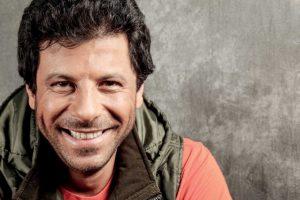 صور|إياد نصار وظهوره مع أولاده الثلاثة و زوجته