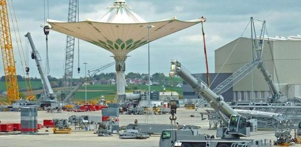 التفاصيل الكاملة عن تركيب اكبر مظلة في العالم للمسجد الحرام