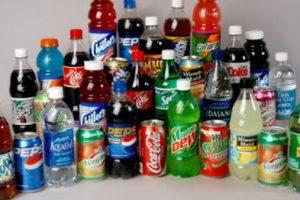 6 استخدامات مدهشة للمياة الغازية فى التنظيف