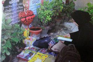 قصة حقيقة لام تعيش فى قبر ابنها والسبب غريب !!
