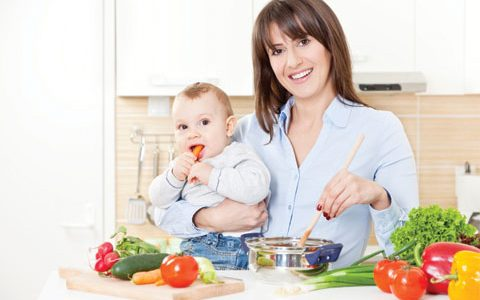جدول تعذية الحمل : أطعمة مفيدة خلال فترة الرضاعة تزيد من إدرار اللبن