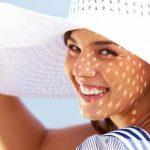 كيفية اختيار أفضل واقى شمس على البحر فى موسم المصايف وحل مشكلة احمرار الوجه
