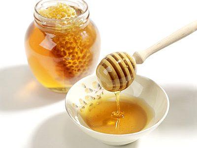 فوائد عسل النحل الطبيعى وطرق استخدامه
