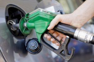زيادة سعر البنزين 1438: المملكة العربية السعودية تعلن موعد رفع أسعار الطاقة والوقود بعد إقرار تطبيق الضريبة الإنتقائية