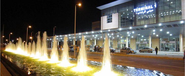 شاهد صورة لافته فى مطار برج العرب تثير سخرية رواد الفيس بوك