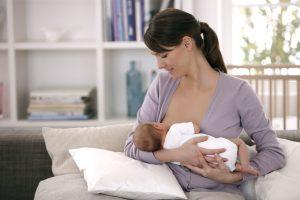 معلومات مهمة وسريعة ونصائح عن أهمية الرضاعة الطبيعية للأم والطفل الرضيع و نصيحة خبيرة التغذية سالى فؤاد