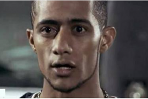"""صوره صادمه ونادره للفنان محمد رمضان الشهير """"بعبده موته"""" قبل الشهره تثير غضب النشطاء على الفيس بوك"""