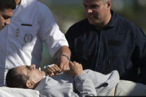 شاهد مبارك في أول تصريح صحفي بعد البراءة : يا ستي إبعدي عني أنا مش الريس أنا واحد صاحبه