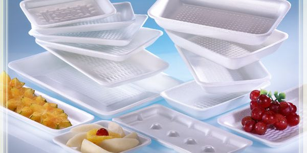 تعرف على خطورة استخدام الفوم فى حفظ المواد الغذائية والتغليف بالبلاستيك الشفاف