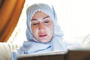 حقيقة انتشار صورة للفنانة غادة عبد الرازق وهى ترتدى الحجاب هل اعتزلت غادة عبد الرازق الفن وارتدت الحجاب ؟