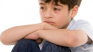 أعراض مرض التوحد عند الأطفال وعلاجه