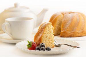 طريقة عمل الكيكة الإسفنجية في المنزل بأقل التكاليف و النتيجة ممتازة