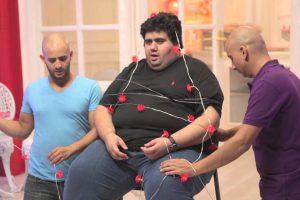 """لن تصدق بالصور.. شاهد """"أيمن وتار"""" يفقد وزنه بعد شهرته مع باسم يوسف في برنامج «البرنامج»"""