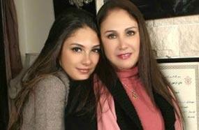 شيرين مع أبنتها