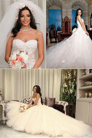 small_celebrities-wedding-dresses-Nadin-Najeem