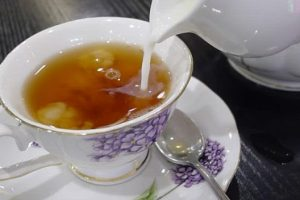 فوائد الشاى الأحمر : مجموعة كبيرة وحديثة لأهمية الشاي الأسود واخري لأضرارة